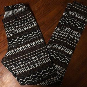 Tribal Print Full Tilt Leggings
